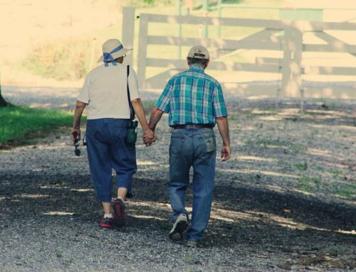 Deciding between In-Home Care and Assisted Living for Seniors